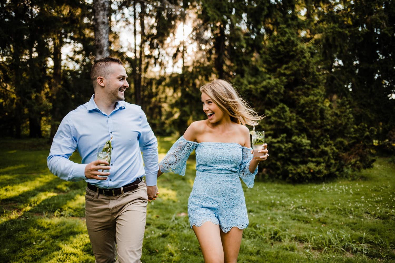 couple drink mojitos - ottawa golden hour engagement session