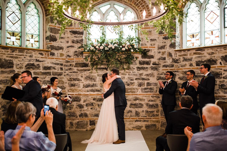 first kiss - downtown ottawa wedding