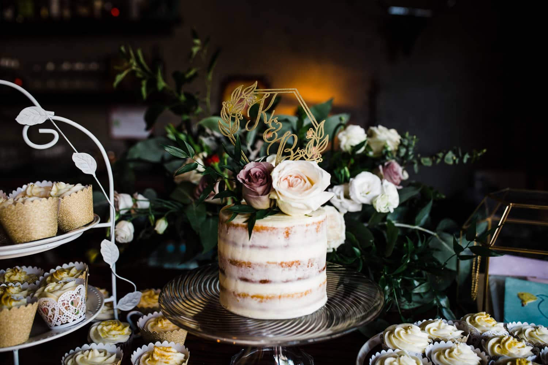 wedding cake - downtown ottawa wedding