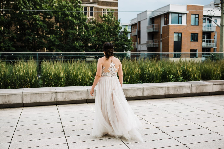 bride walks downtown ottawa