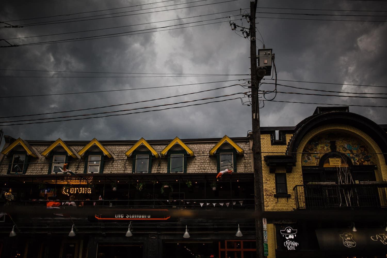 dark storm clouds roll in - downtown ottawa wedding