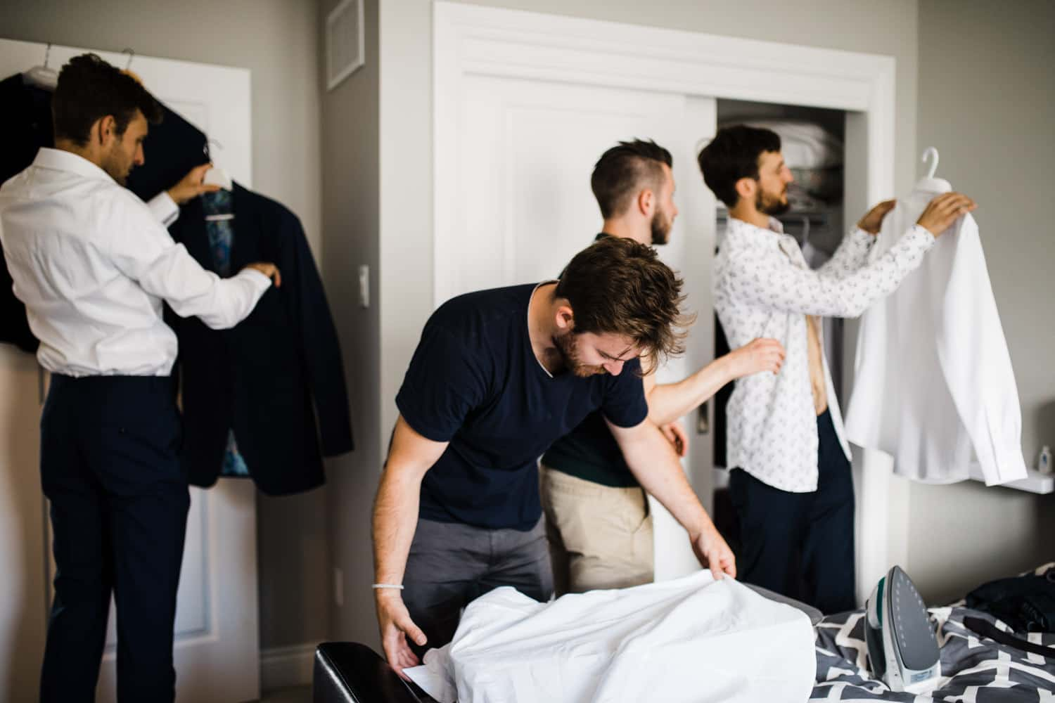 groomsmen getting ready morning of wedding