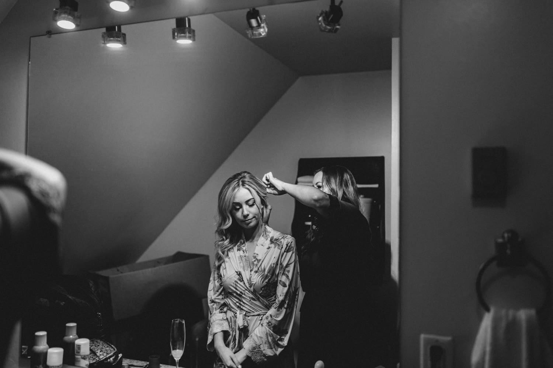 bride has her hair done - summer strathmere wedding