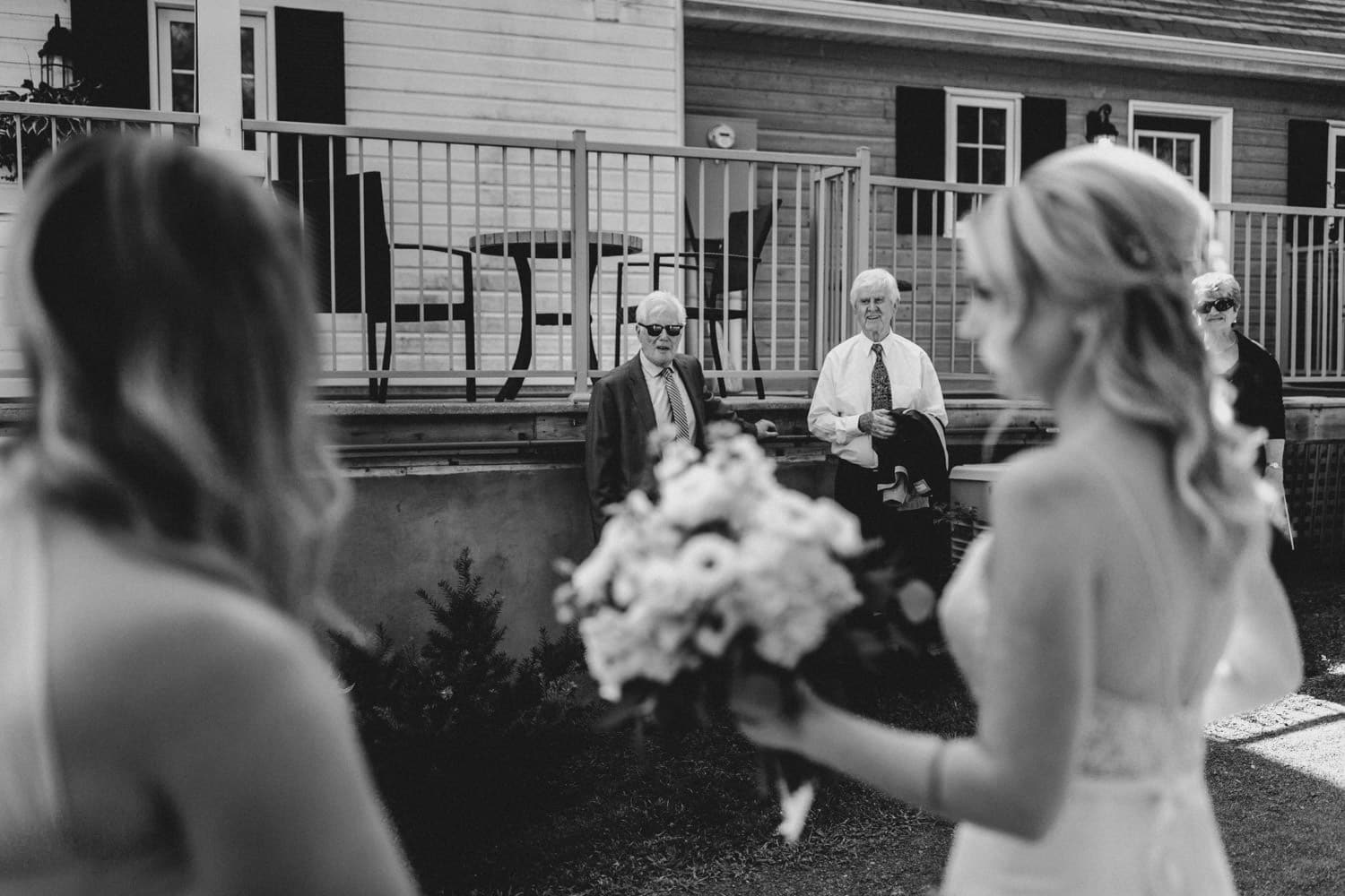 bride sees her dad before ceremony - summer strathmere wedding
