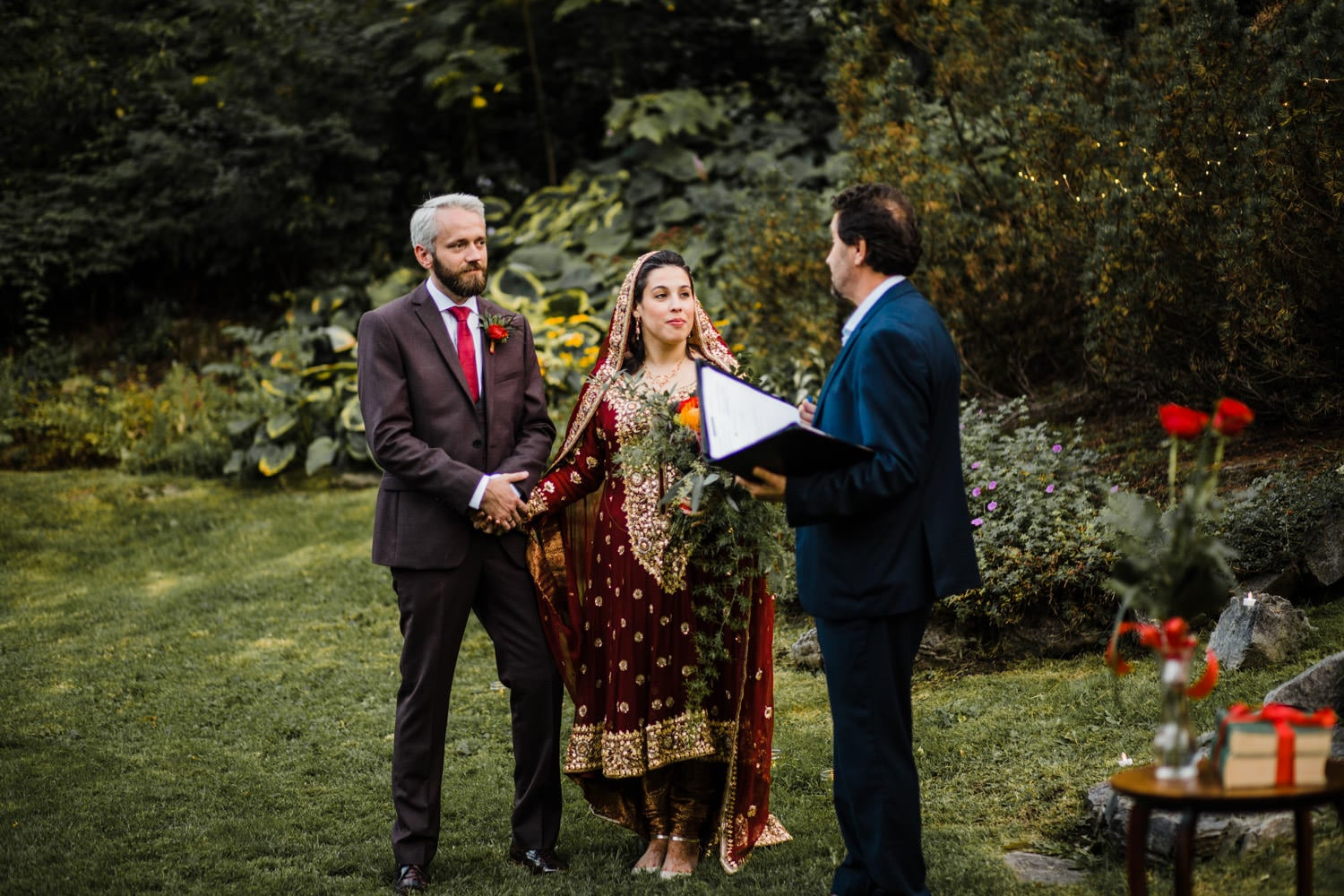 intimate nikah ceremony at rockcliffe park - ottawa elopement