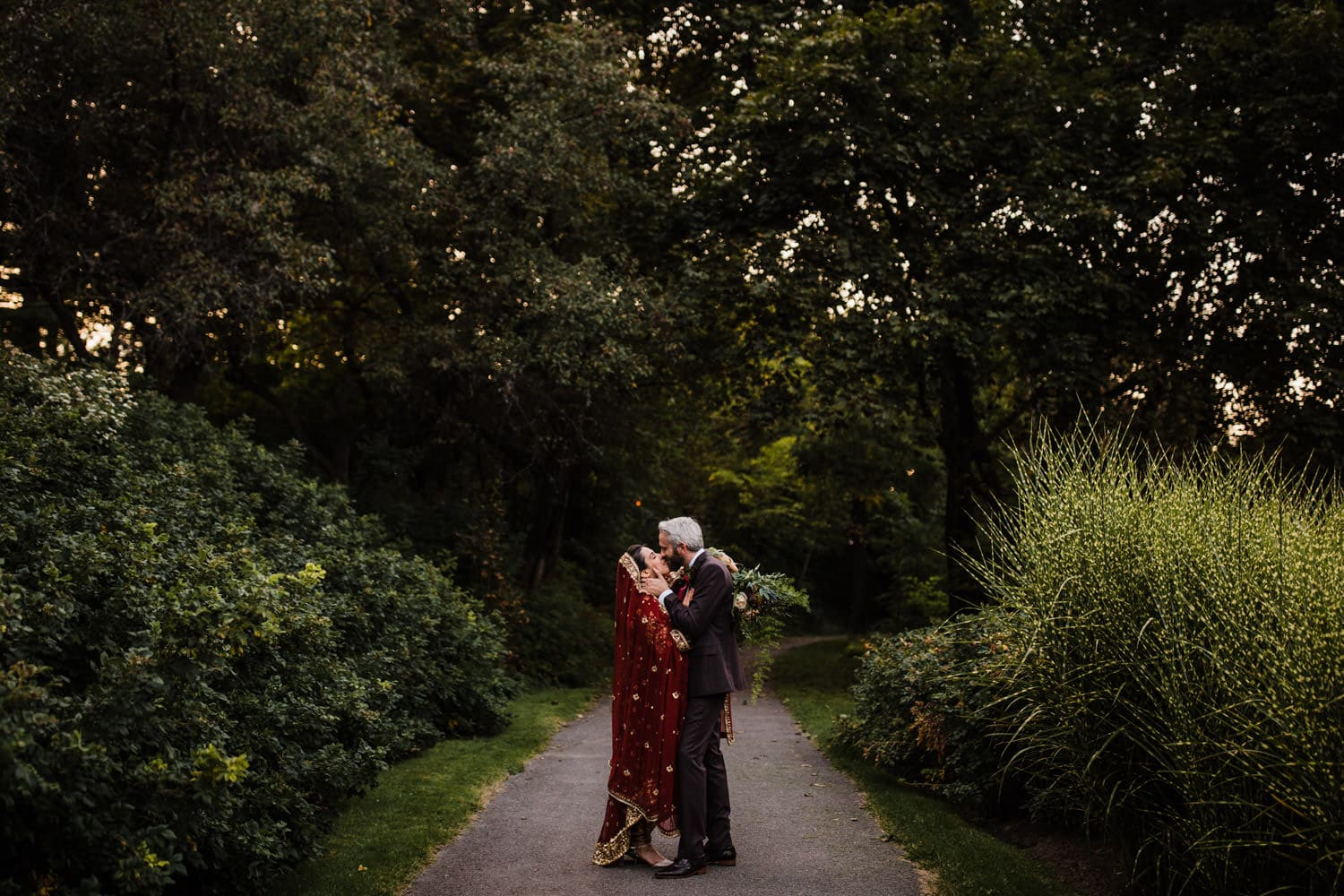 rockcliffe park intimate ceremony - ottawa elopement
