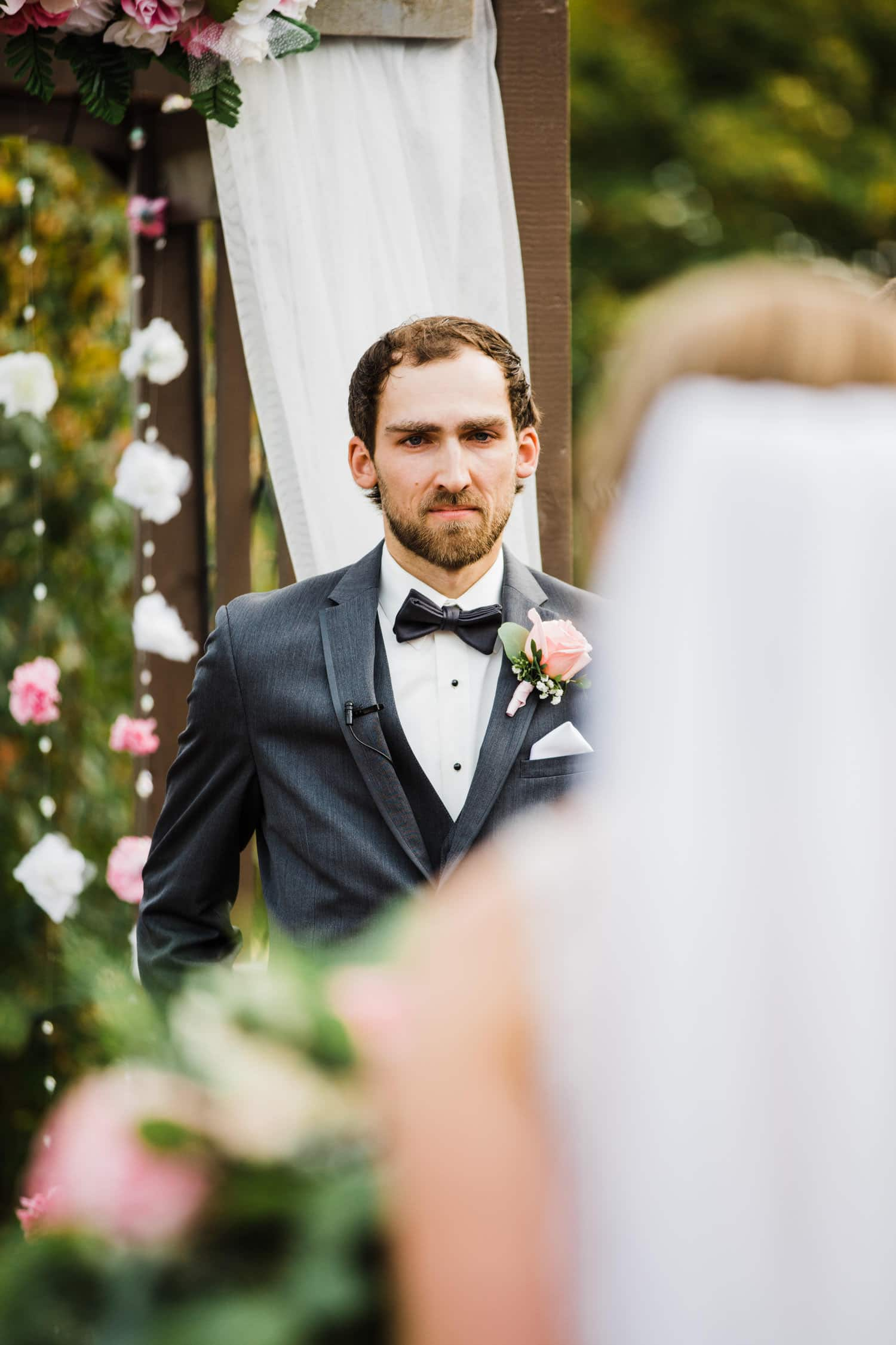 groom reacts to seeing his bride for the first time - strathmere summer wedding