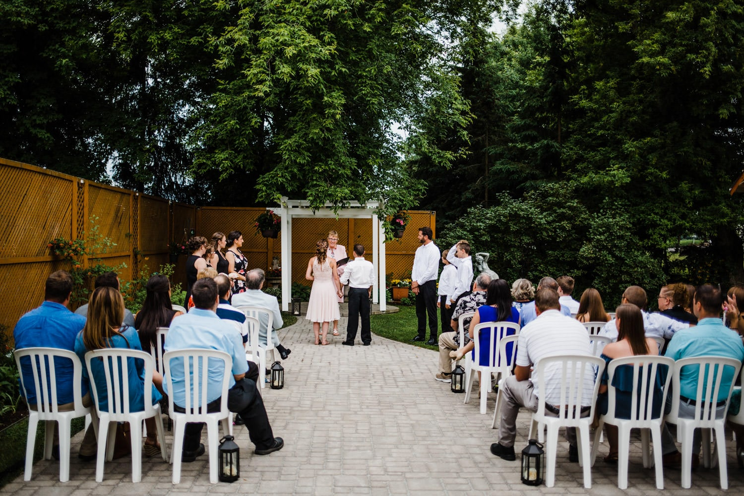 intimate wedding at the schoolhouse - small outdoor wedding ottawa