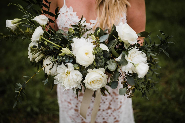 bride has broccoli in her bouquet - ottawa wedding photographer