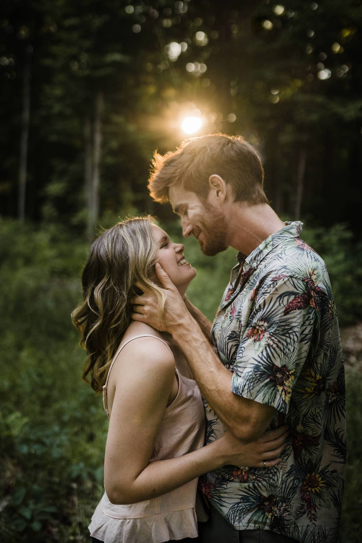 couple lean in for a kiss - ottawa engagement photos